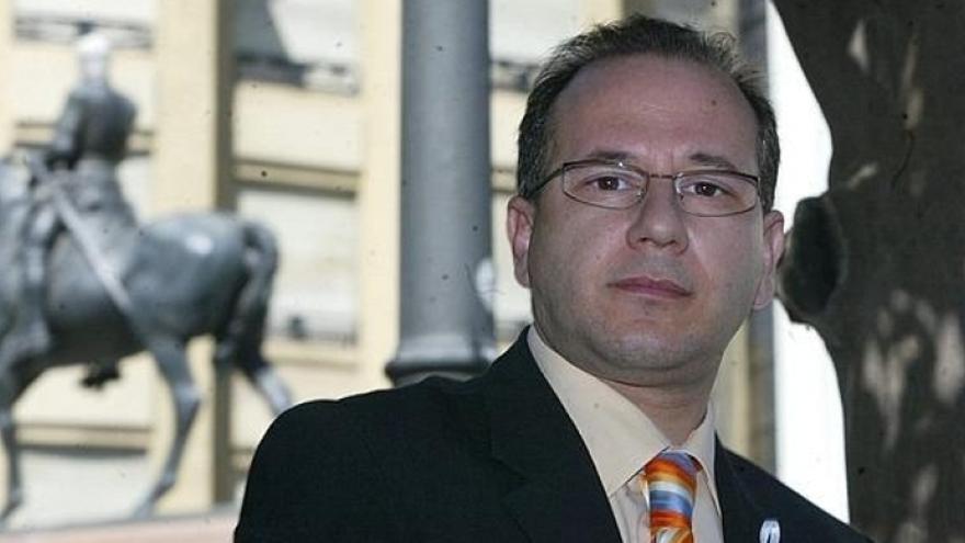 El primer representante de Vox en el Senado será el expresidente de Víctimas del Terrorismo Francisco José Alcaraz