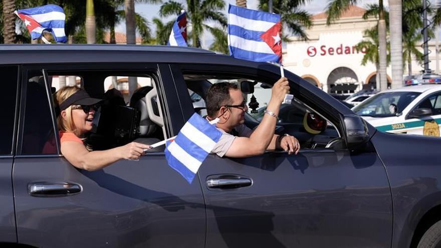 Fiesta sin fin en la Pequeña Habana de Miami