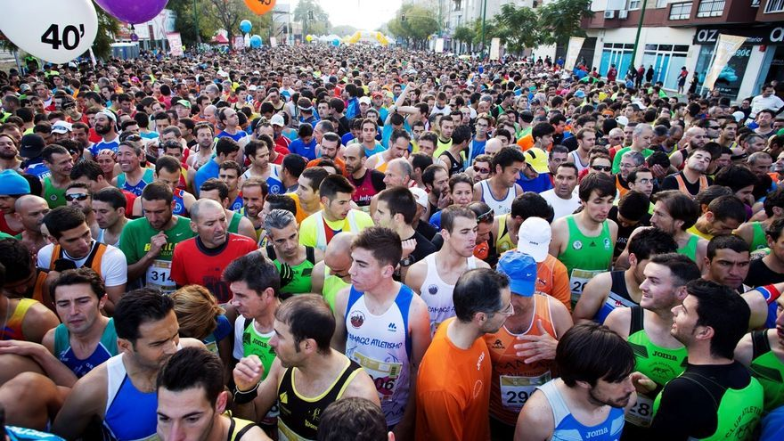 'Carreras 10 Sevilla' consigue superar los 8.100 inscritos en la carrera popular del Parque María Luisa