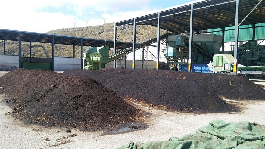Compost en el Complejo Ambiental de Los Morenos.