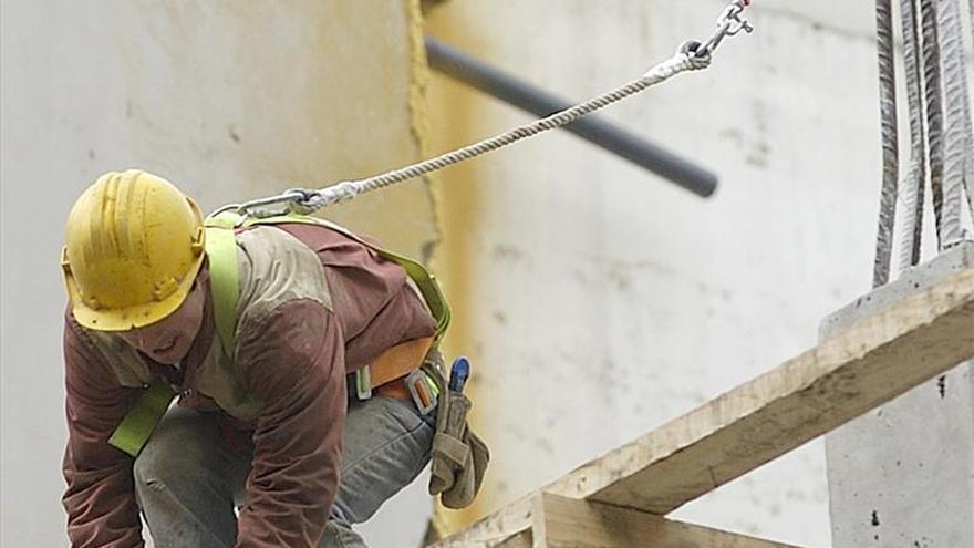 Dos muertos y dos heridos en el derrumbe de una planta de edificio en obras en Palma