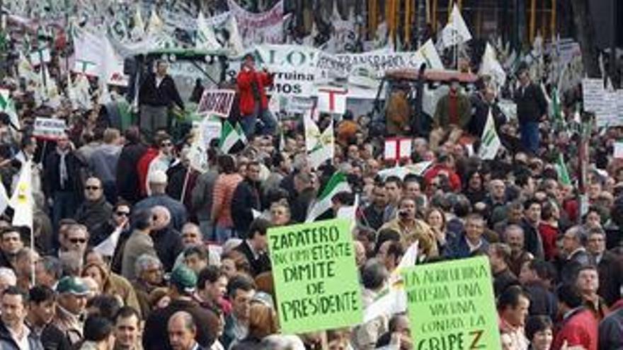 El PP presentará mociones en toda España con las propuestas de los agricultores