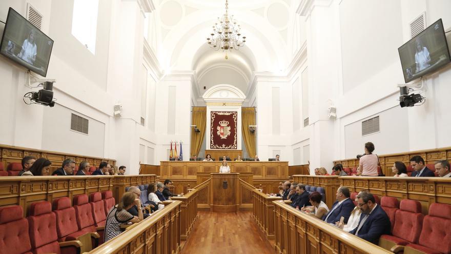 Cortes de Castilla-La Mancha durante la sesión de investidura de Emiliano García-Page