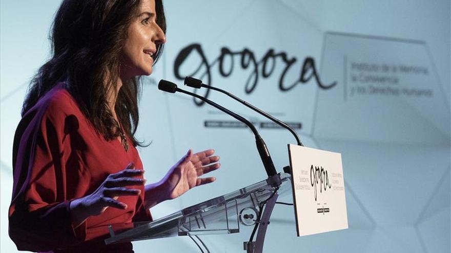 Los partidos vascos siguen divididos a la hora de homenajear a las víctimas