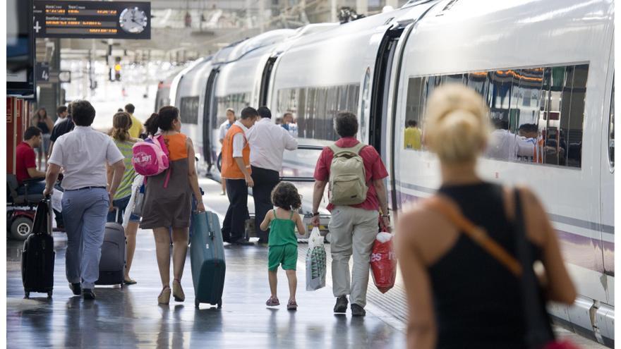 Renfe garantiza hasta el 73% de los AVE y el 75% de los Cercanías ante la huelga de este lunes
