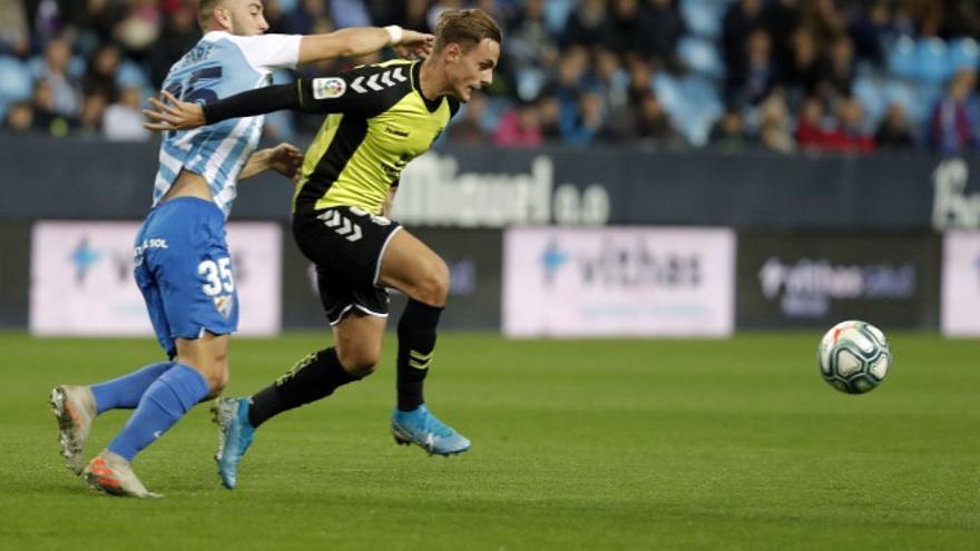 Dani Gómez, único jugador alcorconero del CD Tenerife, durante el partido de la jornada pasada.