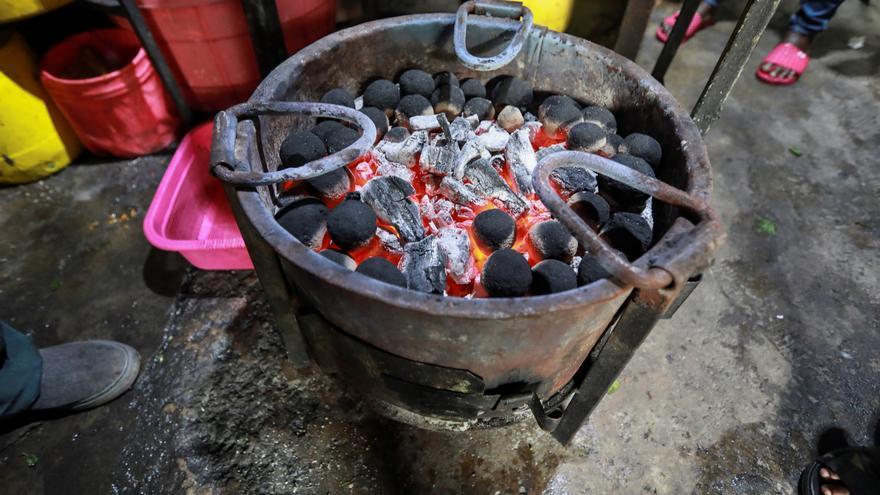 Residuos humanos, fuente de energía para la cocina en una ciudad de Kenia