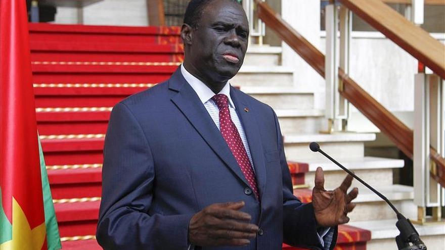 El presidente de la transición de Burkina será restituido hoy en el poder
