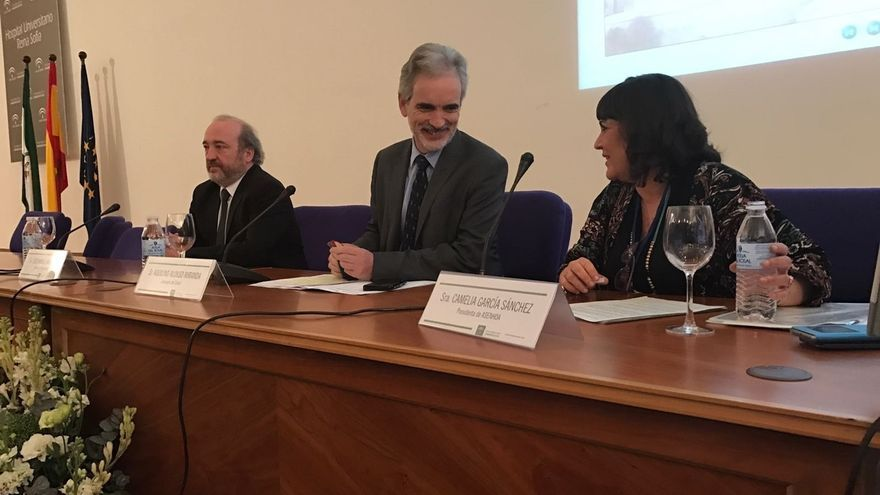 Aquilino Alonso destaca el avance en los cuidados en la sanidad pública gracias al trabajo innovador de la enfermería