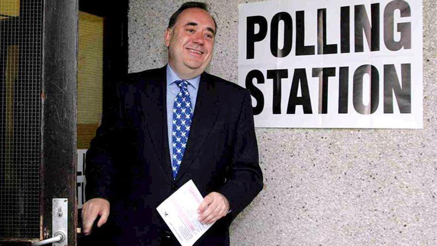 Salmond dice que el SNP escocés presentará su mayor campaña para conquistar Londres