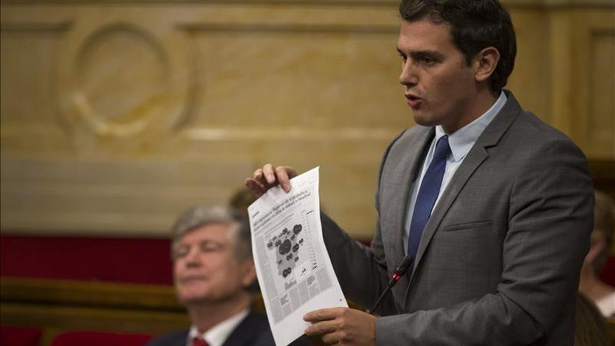 """Rivera exige a Díaz que concrete el pacto anticorrupción sin """"cláusula Chaves"""""""