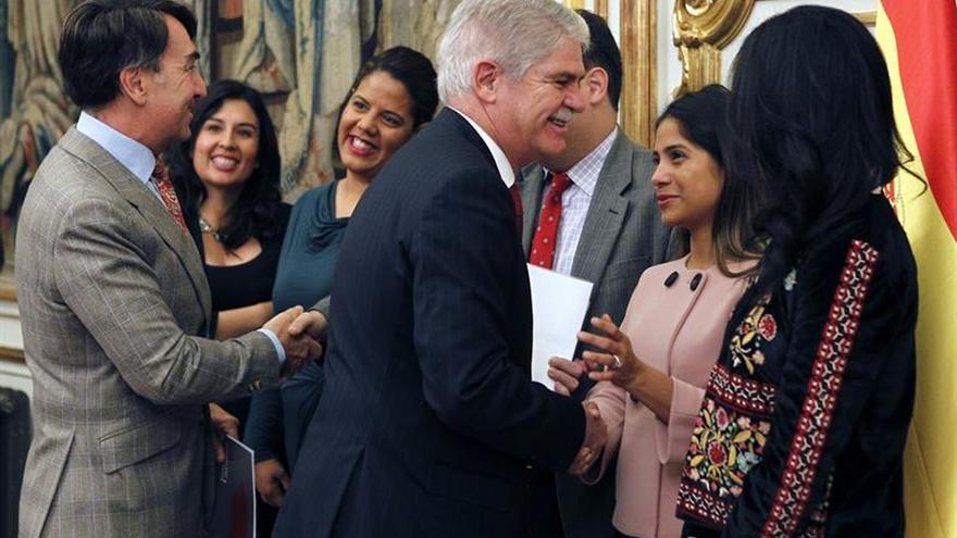 """Dastis destaca que la dimensión hispana es """"esencial"""" en las relaciones con EEUU"""