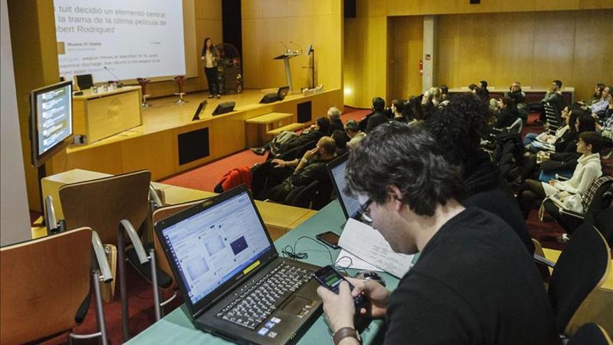 Un experto en redes alerta del riesgo de Podemos por inexperiencia política