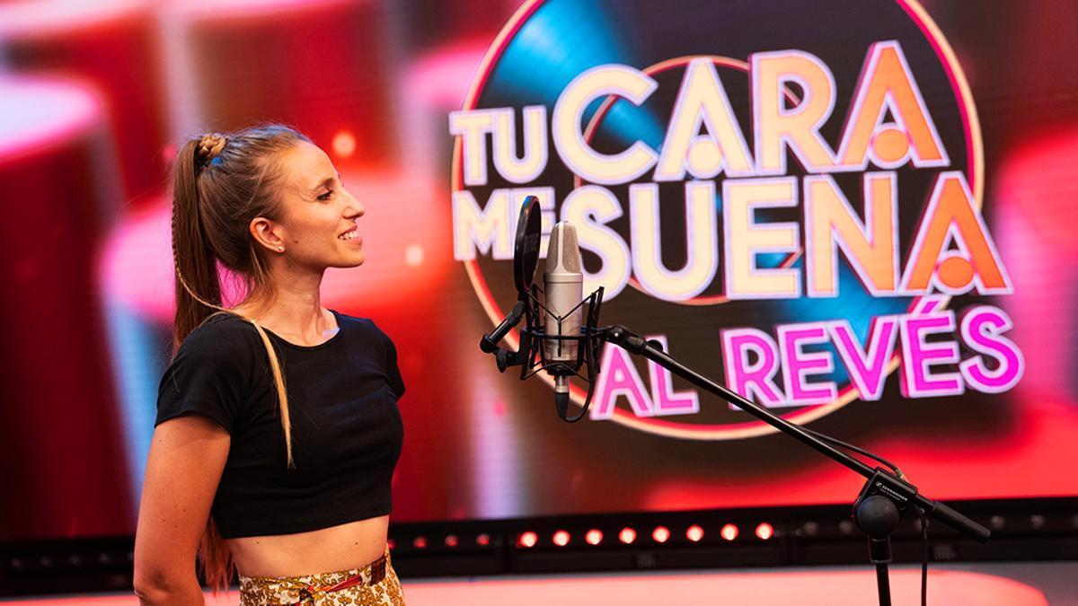 La actriz de doblaje María Blanco en la sección de 'El Hormiguero' llamada 'Tu cara me suena al revés'