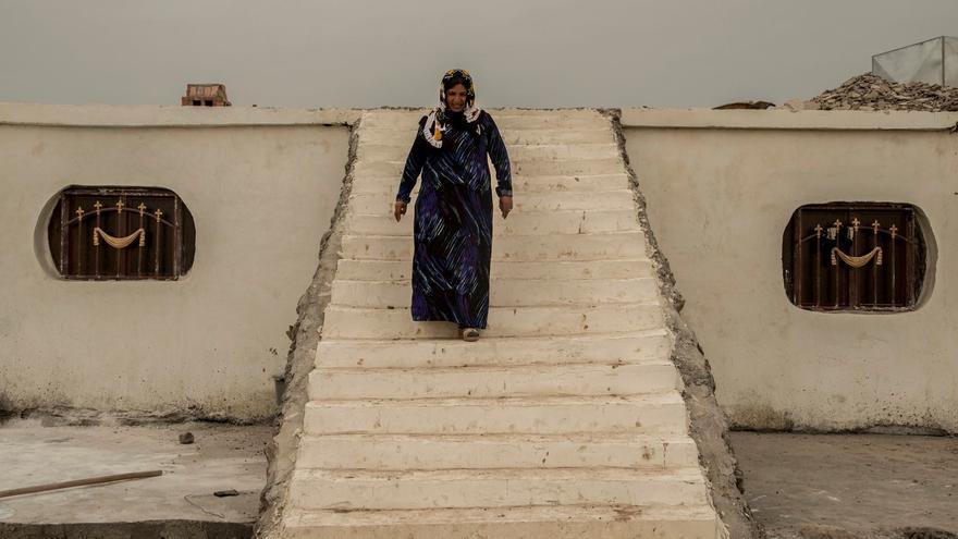 Una mujer residente en Jinwar, la comuna para mujeres yazidíes situada en territorio sirio controlado por los kurdos.