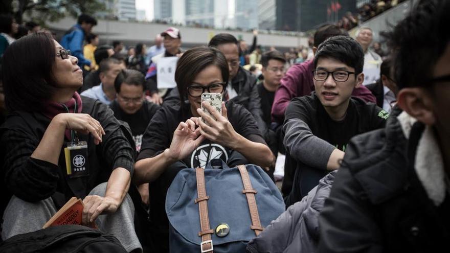 Denise Ho en una manifestación de la Revolución de los Paraguas en Hong Kong, en una imagen difundida por la cantante.