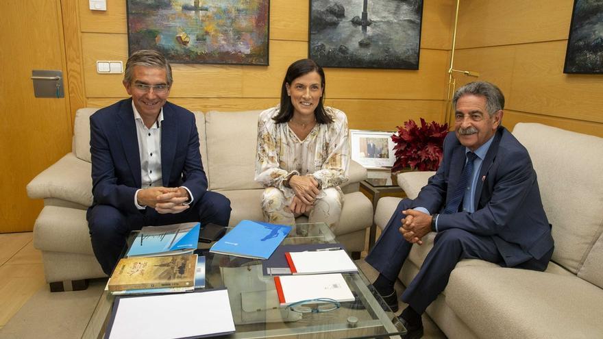 """Revilla e Igual esperan """"buena colaboración"""" esta legislatura, que inician """"luchando juntos"""" por el problema del agua"""