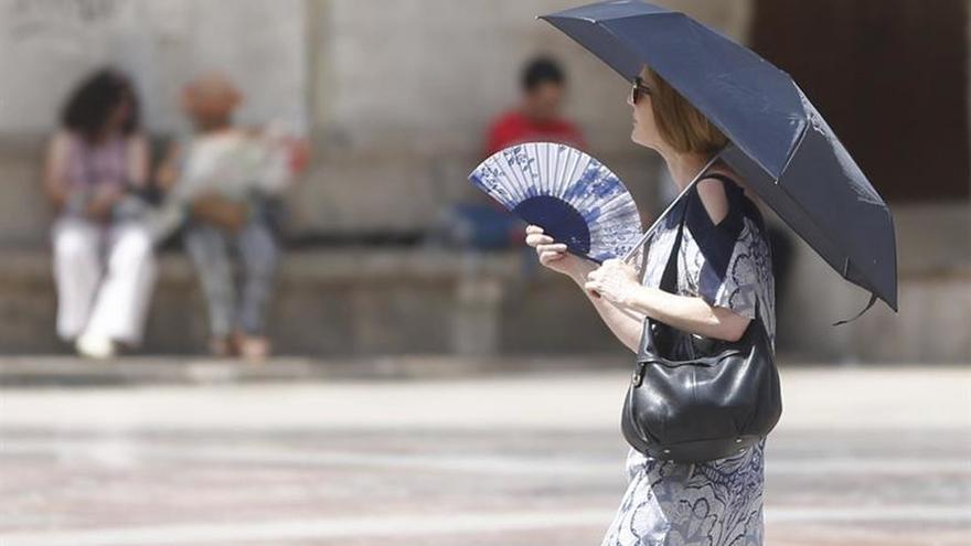 Veintiuna provincias en alerta por lluvia, tormentas, calor y viento