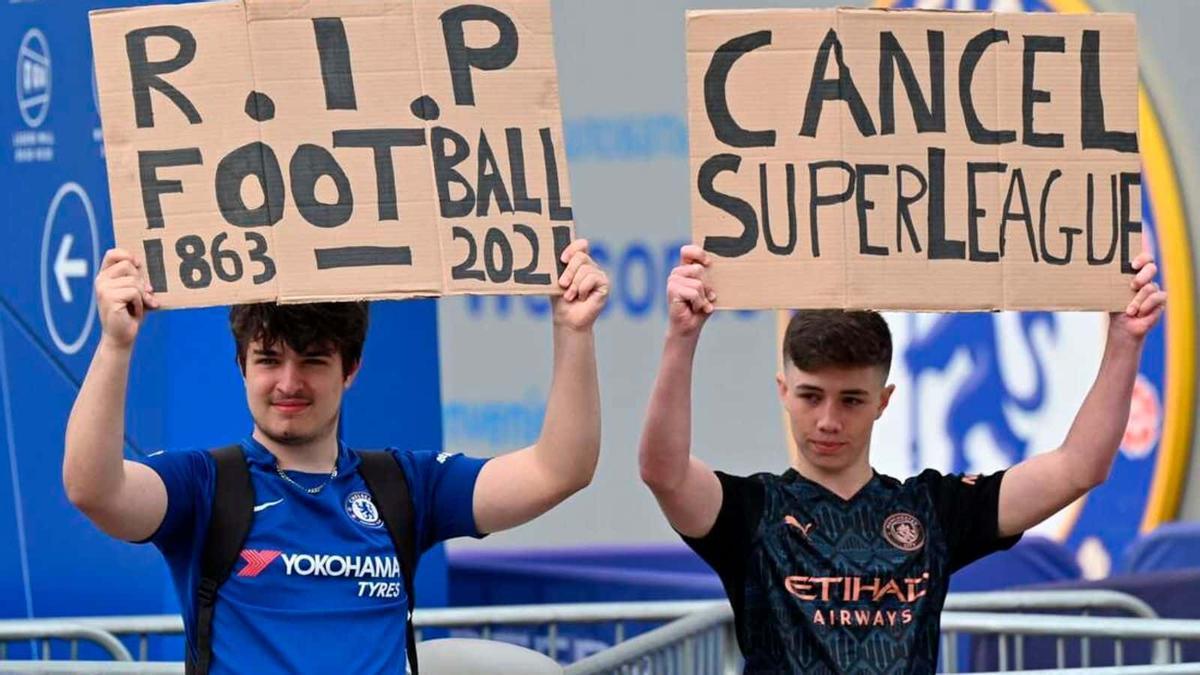 Aficionados contra la SuperLiga