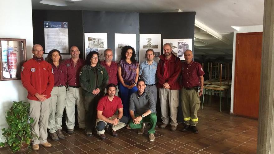 En la imagen, agentes y técnicos de Medio Ambiente con la consejera del área, Nieves Rosa Arroyo (cuarta por la derecha).