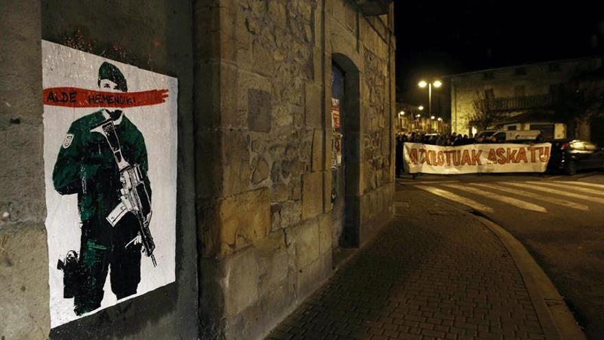 Archivan la imputación de una de las 2 mujeres detenidas por la agresión en Alsasua