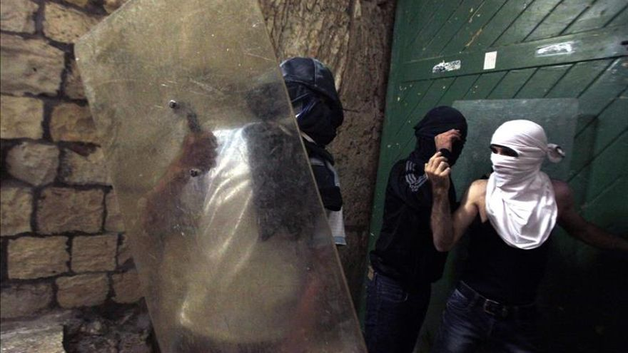 Declaran culpables a dos menores israelíes por quemar vivo a un joven palestino