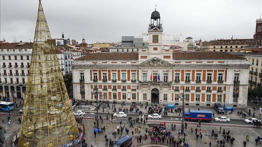 Más de 17 millones de españoles celebrarán Nochevieja en fiestas y cotillones