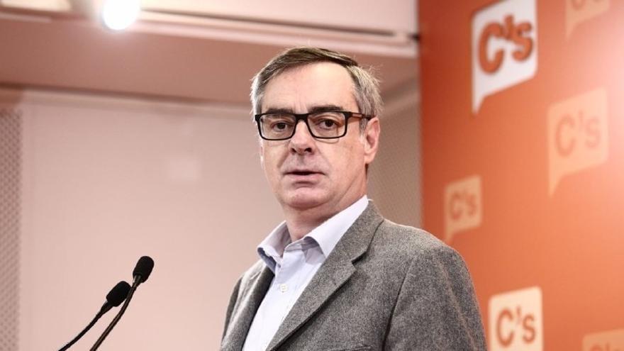 """Villegas (Cs): """"Estamos convencidos de que si se aprueba la limitación de mandatos Rajoy no se volverá a presentar"""""""