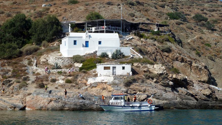Terraza del Papagalis en la Playa de San Nicolás. Kostas Limitsios
