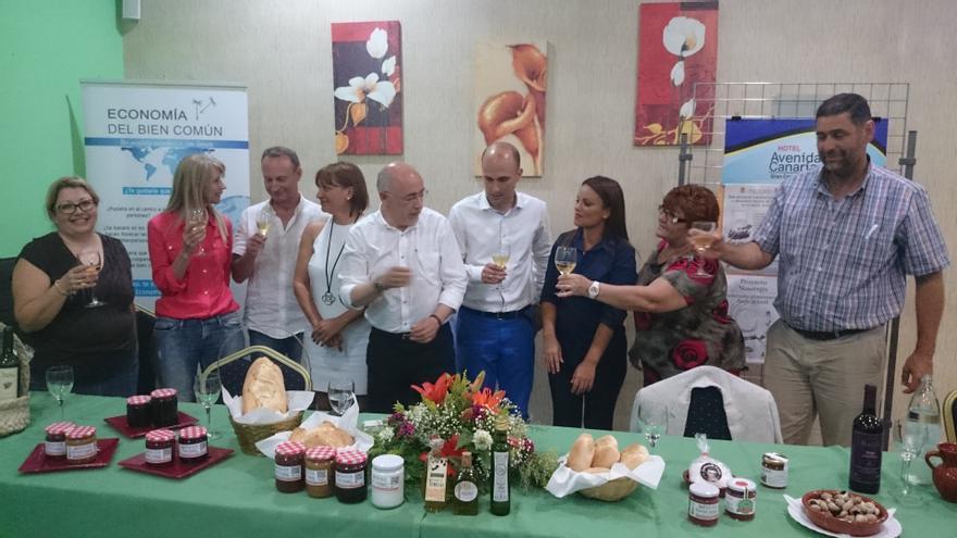 Antonio Morales en la presentación de un proyecto de la Unión de Pequeños Agricultores y Ganaderos (UPA) que propugna la producción de productos de calidad