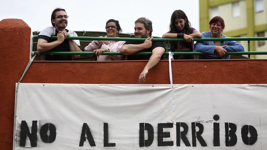 La unión y la presión ciudadana obtienen resultados: El desalojo de la calle Ofelia Nieto logró detenerse (Fotografía: Olmo Calvo)