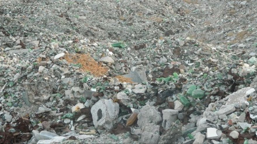 Imagen de archivo de un vertedero ilegal en el barranco de Fataga