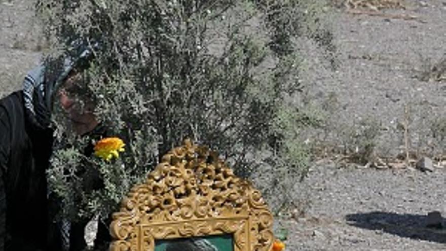 Cementerio de Khavaran , donde están enterradas muchas de las personas detenidas y asesinadas durante la masacre de 1988 en Irán © Jafar Behkish