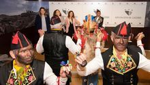 Los Negritos de San Blas sacan este fin de semana sus danzas ancestrales por las calles de Monehermoso