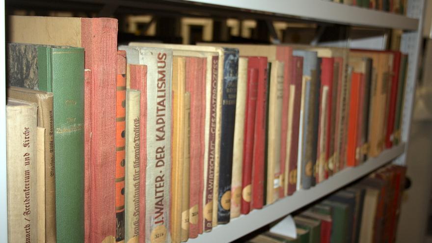 Libros que formaban parte del antiguo Instituto para el Marxismo-Leninismo en el archivo estatal alemán en Berlín-Lichterfelde