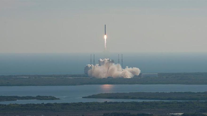 SpaceX lanzará su Falcon Heavy, el cohete operativo más potente del mundo