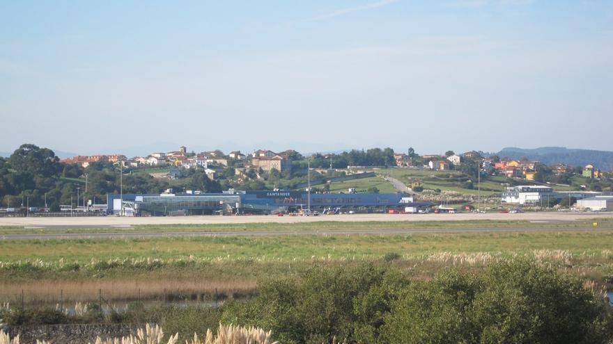 """Martín ve """"sobresaliente"""" el crecimiento del 32,8% de viajeros internacionales en el aeropuerto"""