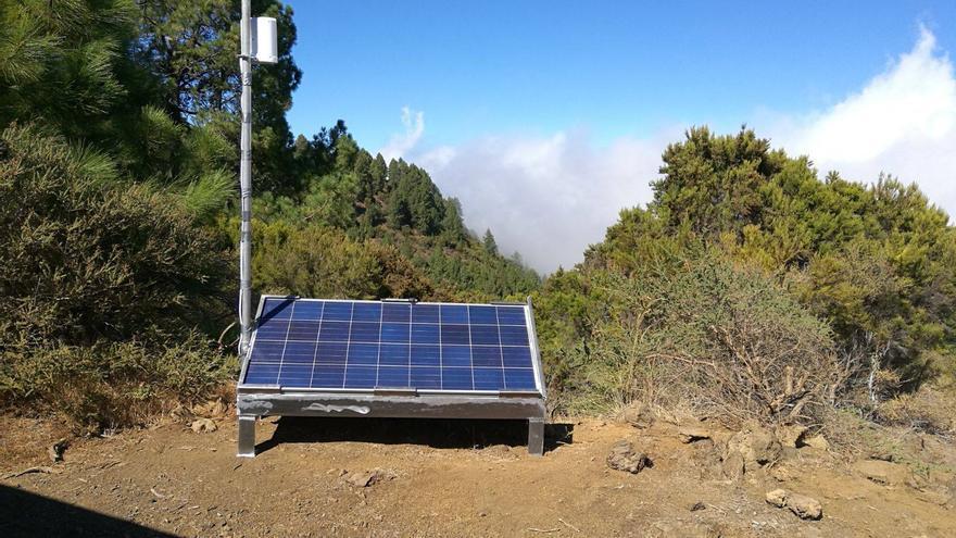 En la imagen, la tercera estación sísmica portátil del ING instalada en La Palma. Foto: IGN.