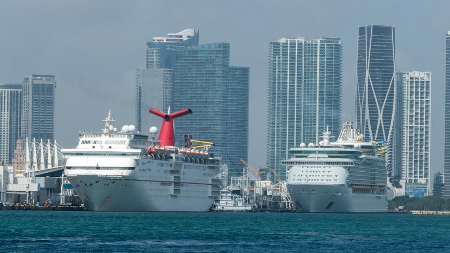 Carnival aspira a reanudar los cruceros en Florida y Texas en julio