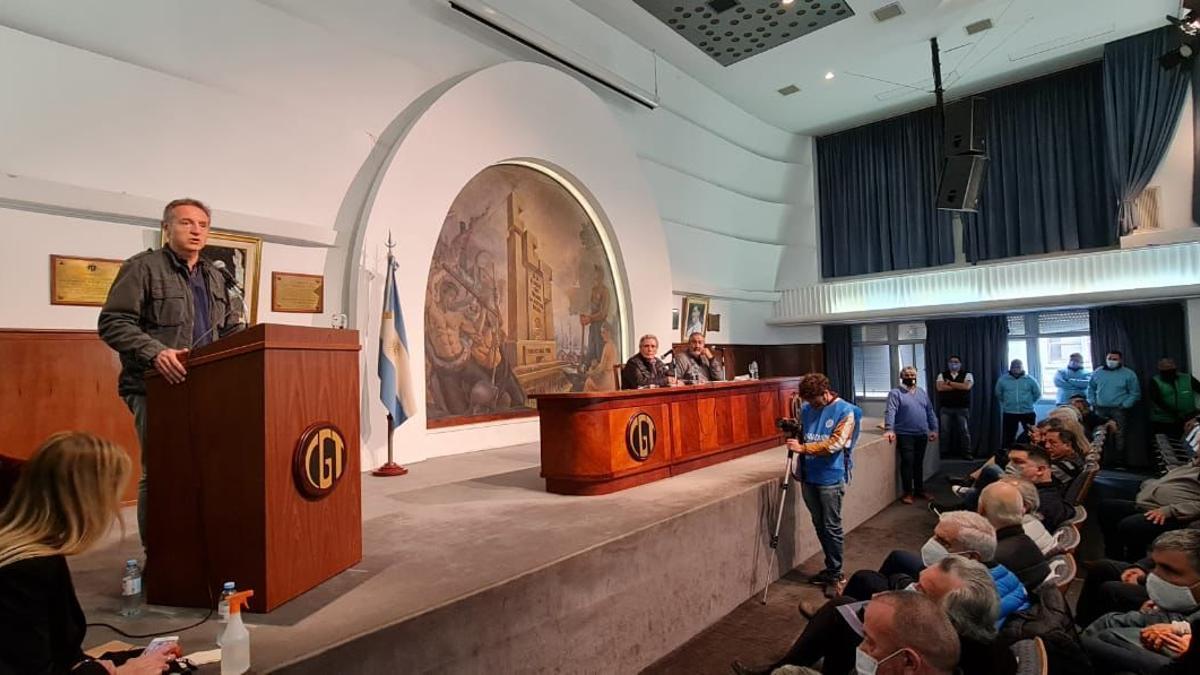 El Comité Central Confederal de la CGT impulsó el Congreso Nacional de noviembre y criticó las propuestas  de  reforma laboral de la oposición.