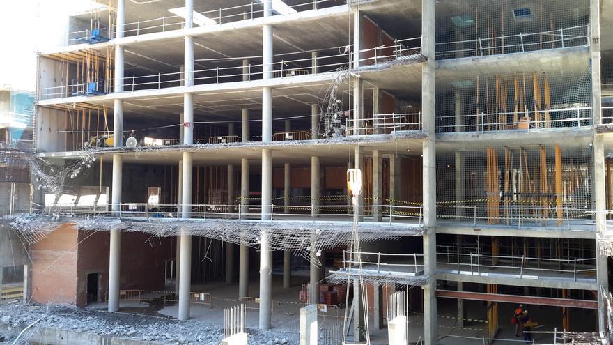 Nuevo hospital de Toledo en obras