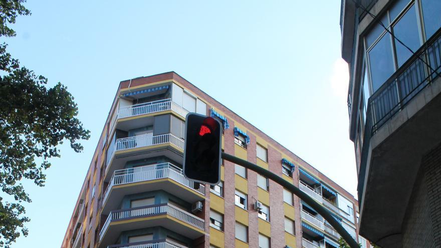 La compraventa de viviendas en Euskadi cae un 35,6% en octubre, el segundo mayor descenso del Estado