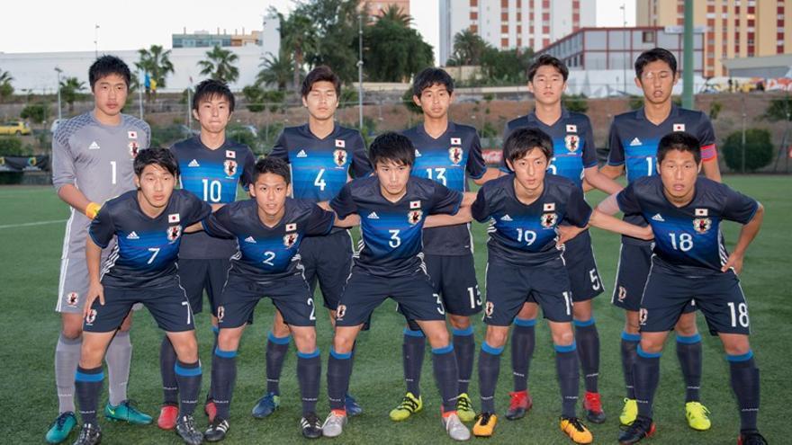 Selección juvenil de Japón, campeones de la Copa Atlántico.