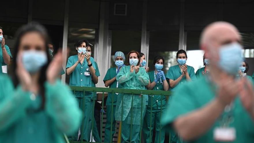 CSIT-UP pide al Sermas aislar sanitarios que usaron mascarillas ...
