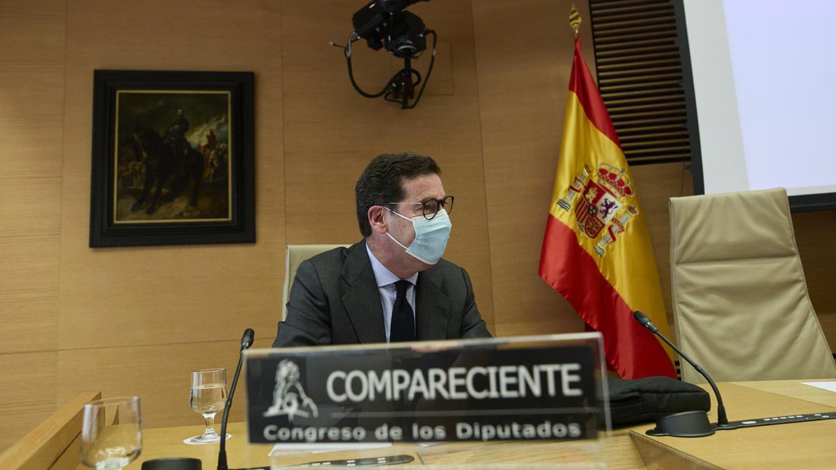 El abogado Javier Iglesias Redondo, 'El largo', en la comisión de investigación sobre el espionaje a Bárcenas