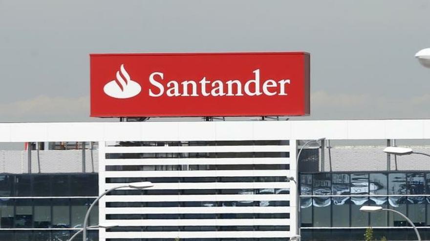 Vista de la Ciudad Financiera del Banco de Santander en la localidad de Boadilla del Monte (Madrid).