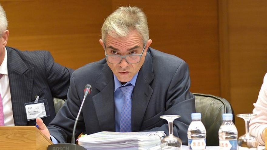 El exsecretario autonómico y exconsejero delegado de Ciegsa, Máximo Caturla, durante su comparecencia en las Corts