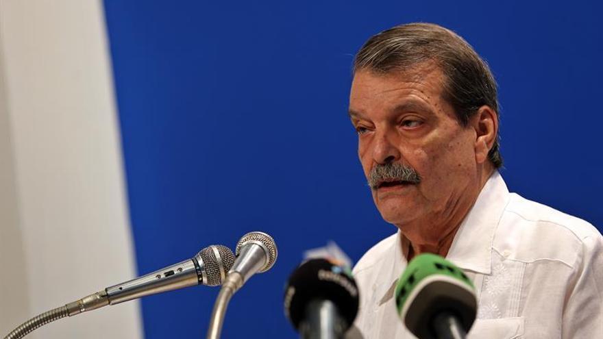 """Cuba acoge """"con satisfacción"""" la decisión de la UE de derogar la """"posición común"""""""