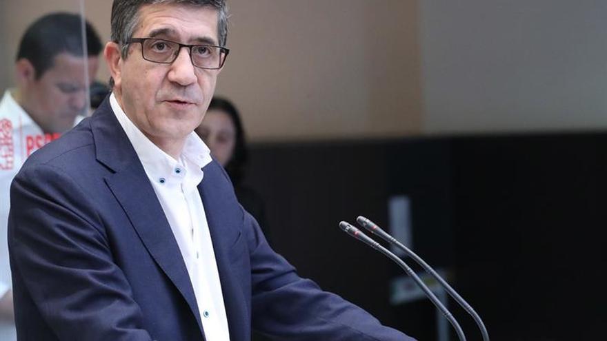 Patxi López solo ve dos opciones para el PSOE: enfrentamiento o unidad