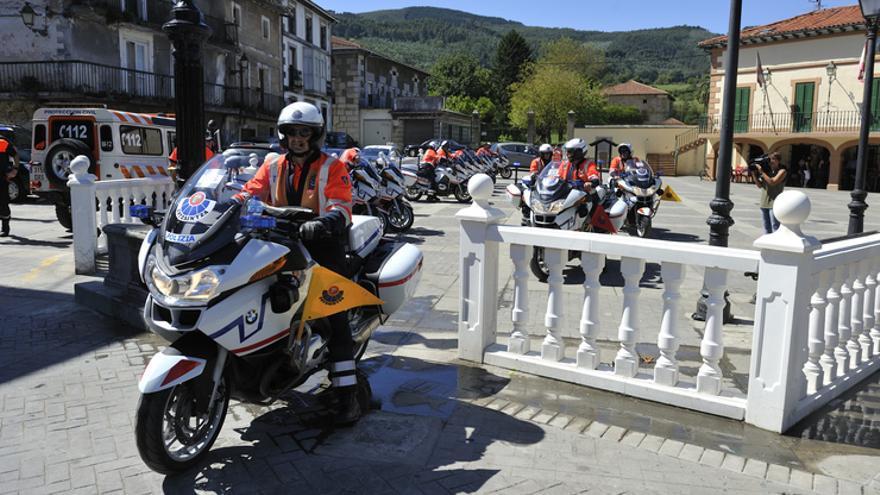 Motocicletas de la Ertzaintza en una etapa de la Vuelta Ciclista a España